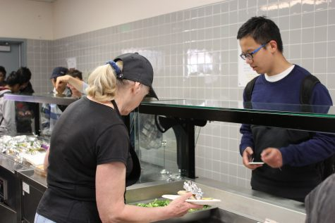 Breakfast briefly served in school cafeteria