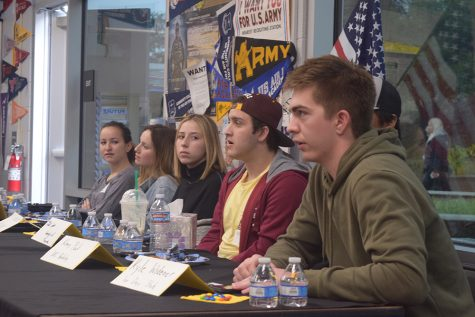 Oak Park alumni share college wisdom at panel event