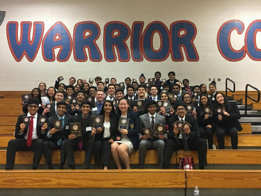 Members+of+FBLA+display+their+awards.+The+FBLA+team+won+third+place+at+a+regional+conference.+
