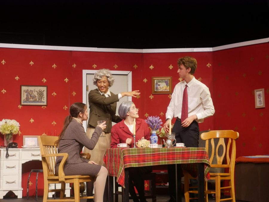 Senior+Navya+Hari+directed+the+last+play+of+the+school+year%2C+%22Arsenic+and+Old+Lace%2C%22+a+comedy+about+murder+and+family+dynamics.