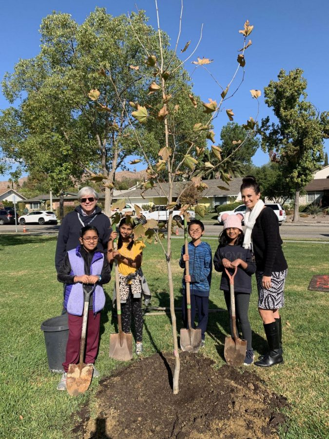 Students+from+all+OPUSD+schools+join+administrators+and+district+leaders+in+planting+trees+of+gratitude+throughout+the+community.